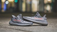 yeezy boost 350 v2 beluga 20 on feet review on adidas yeezy boost 350 v2 quot beluga 2 0 quot