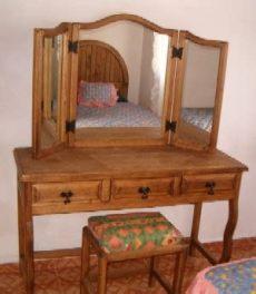 tocadores pequenos de madera rusticos catalogo muebles el colonial 2013