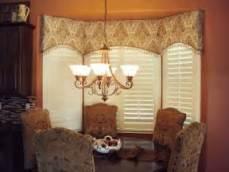 bay window cornice board arched cornice great for bay windows windows bay windows cornice and arch