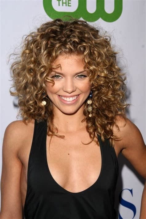 top 28 curly hairstyles girls styles weekly
