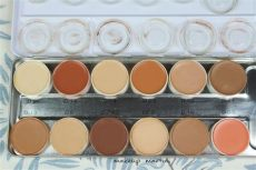 kryolan dermacolor palette price kryolan dermacolor camouflage palette review price and swatch
