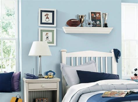 soothing wall color light blue child ease sleep