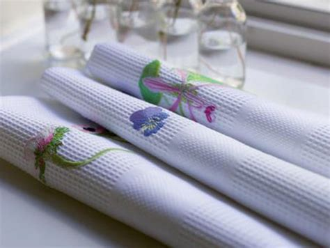 table linens los angeles magazine