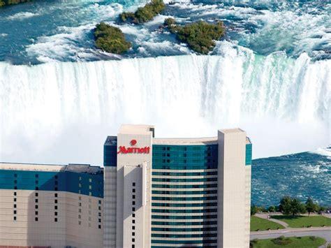 hotels niagara falls