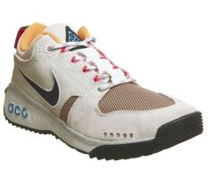 nike acg mountain trainers summit white black laser orange punch qs his trainers - Nike Acg Dog Mountain Qs Summit White