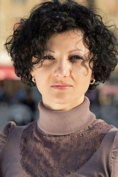curly hair ideas older women curly hair styles