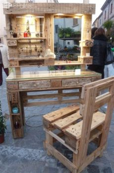 pallet wood vanity plans gorgeous mirrored pallet vanity set with jewelry rack wooden pallet furniture pallet