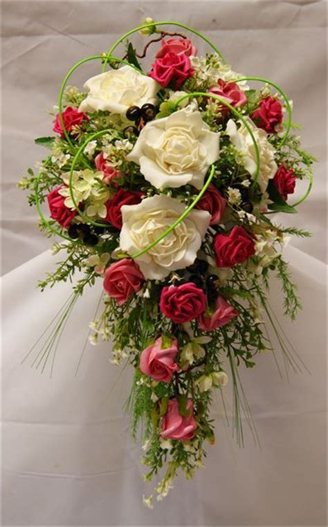 silk country style bouquet rose hitched