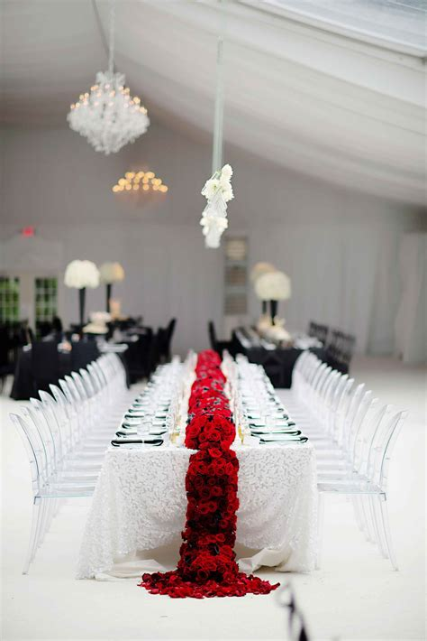 Centerpiece Ideas For Black And White Wedding Reception.html