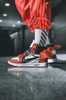 off white jordan 1 on feet white x air 1 on images hypebeast