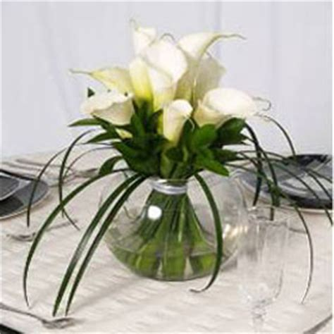 beautiful calla lily wedding centerpieces global rose