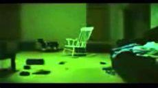 porque se prende la tele sola la silla que se mueve sola