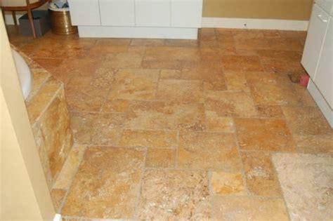 bathroom paint color warm tan beige tile