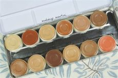 kryolan dermacolor camouflage palette review price and swatch - Kryolan Dermacolor Palette Price