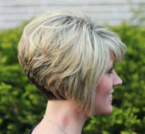 stacked bob haircut pictures bangs nice hair pinterest