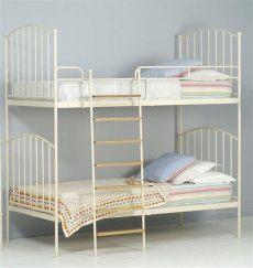literas de 3 camas de fierro camas infantiles y camas literas de hierro kalma violeta mamidecora