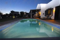 playa blanca villas with pool and hot tub wow villa mavalosa 2 bed villa with tub and heated pool in playa blanca updated 2019