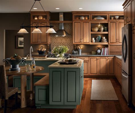 light maple cabinets casual kitchen masterbrand