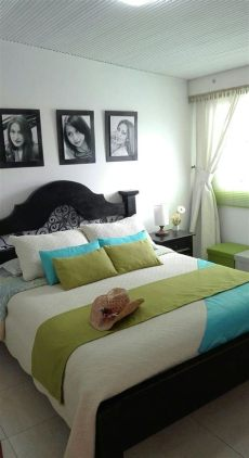 decoracion de recamaras muy pequenas matrimoniales habitaci 243 n principal peque 241 a cama matrimonial r 250 stica decoraciones de cuartos decoracion de