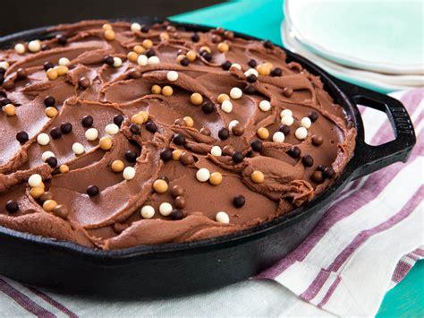 chocolate skillet cake milk chocolate frosting recipe eats