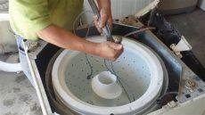 agitador de una lavadora como quitar el agitador las aspas facil y rapido