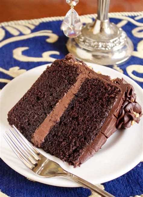 delicious moist chocolate cake ll taste surprise