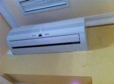 porque mi minisplit tira agua por enfrente por donde desagua aire acondicionado airea condicionado
