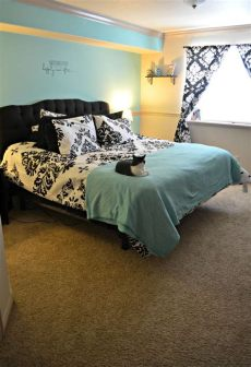 tiffany blue and damask bedroom blue walls and black and white damask decor roooms blue walls