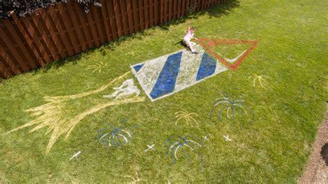 diy lawn rocket spray chalk