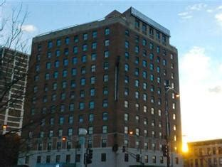 Hotels Chicago Il.html