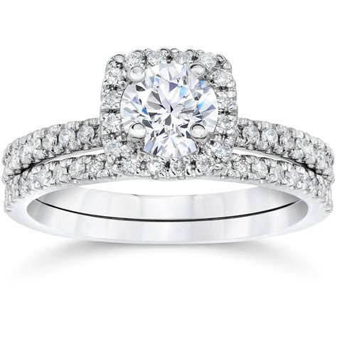 Wedding Ring With Diamonds.html