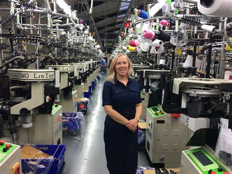 uk clothing manufacturers find clothing manufacturers factories
