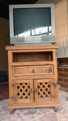 muebles rusticos para tv mueble rustico para tv 650 00 en mercado libre