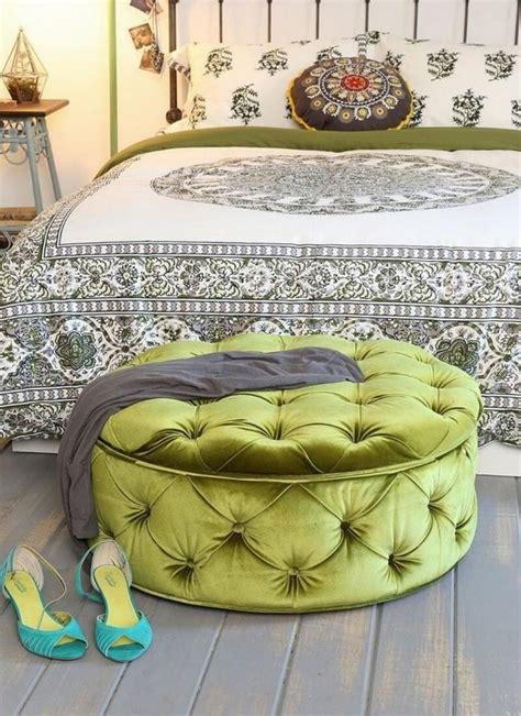 bedroom ottomans 10 stylish elegant designs https interioridea