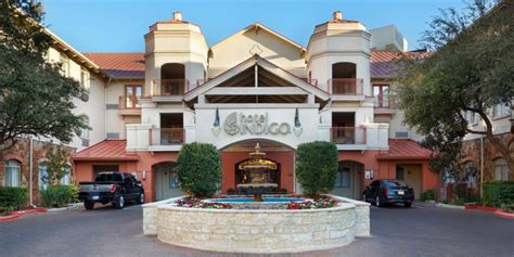 San Antonio Hotels Texas.html