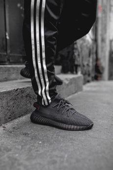 yeezy boost 350 v2 black red on feet the yeezy boost 350 v2 black returns on black friday fashion inspiration and discovery