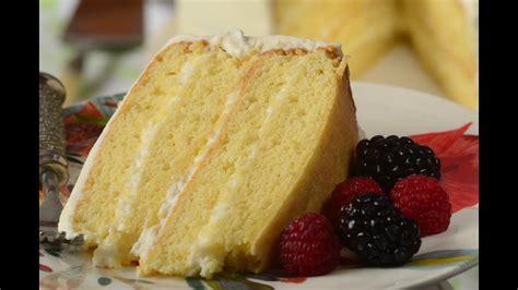 simple vanilla cake recipe demonstration joyofbaking youtube cake