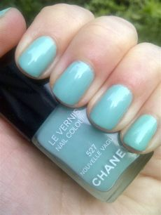 chanel nouvelle vague nail polish on the nails chanel le vernis nouvelle vague 527 nail who works