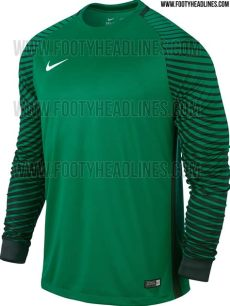 jersey kit dls 18 persebaya gk 27 leaked nike kits that your sunday league side needs right now