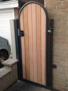 metal and wood combined gates - Metal Framed Wooden Gates Uk