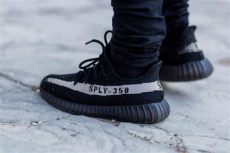 where to buy yeezy shoes in london why kanye west s yeezy shoes are worth every ny daily news