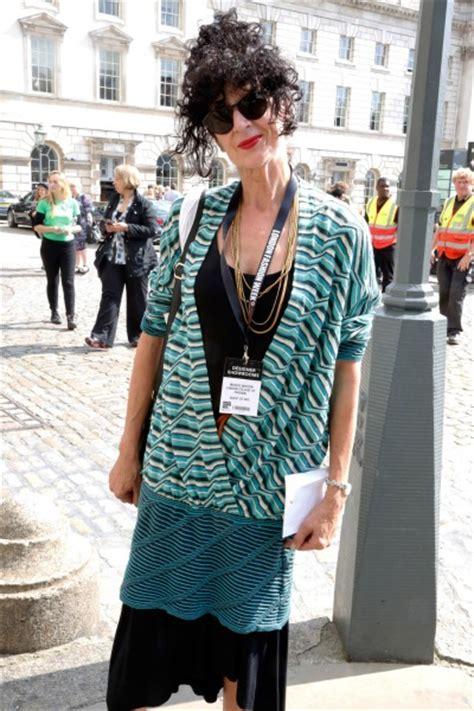 street style photographs women 50 stylish london fashion
