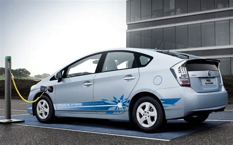 top 10 electric hybrid cars telegraph