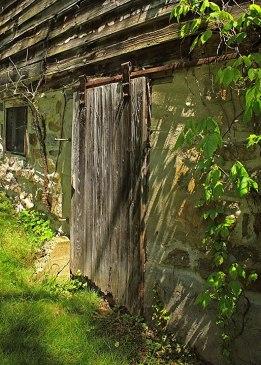 Old-Barn-Door