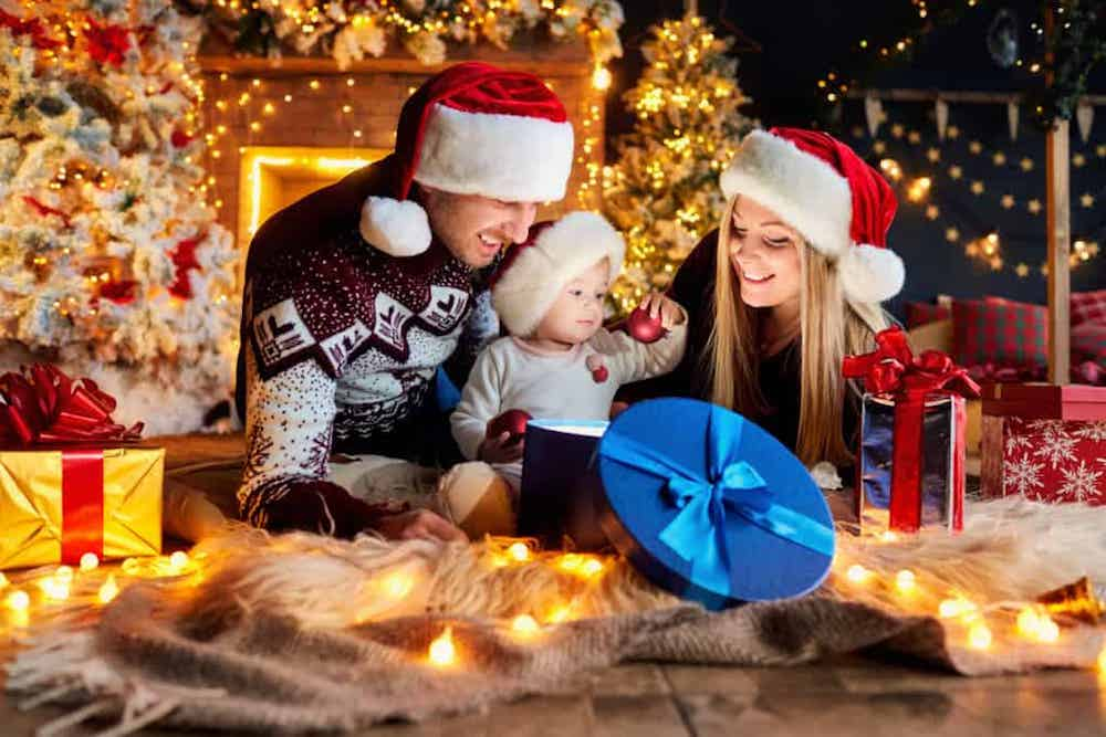 Christmas-is-the-time-for-us-to-gather-with-friends-and-family-to-partake-in-Christmas-traditions-
