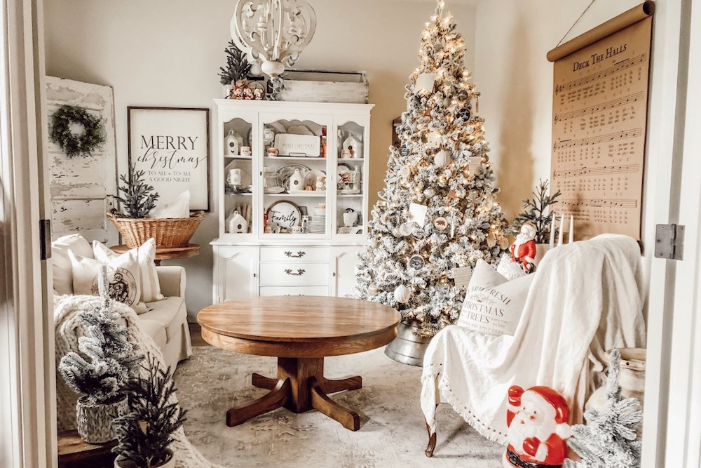 Don't miss these fun Christmas room decoration ideas