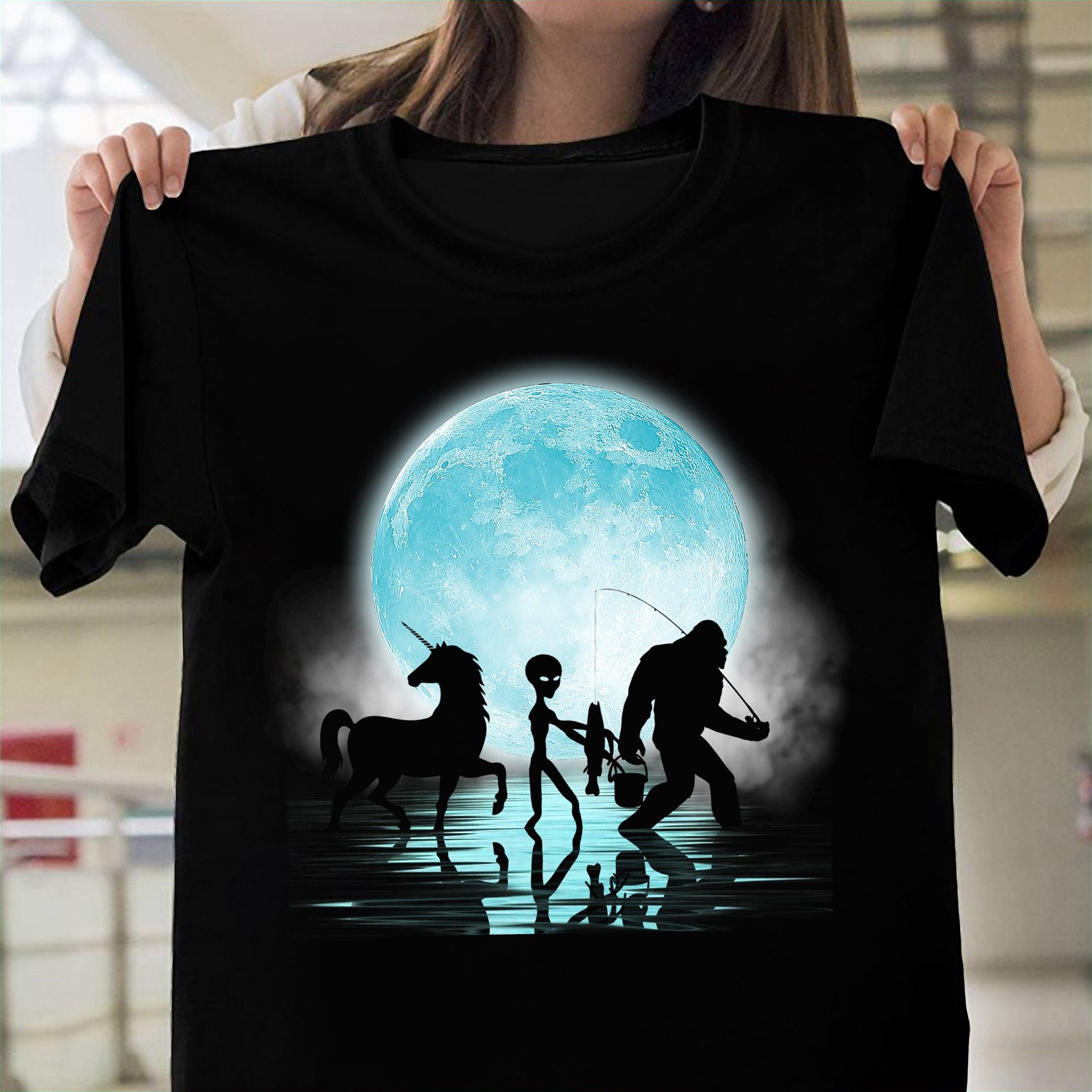 Big Foot Shirt Fishing With Alien Unicorn
