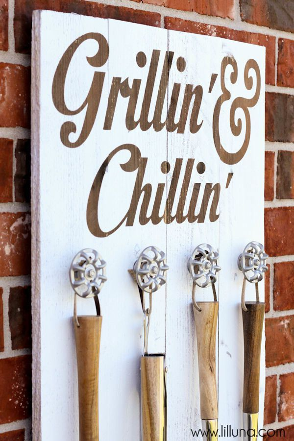 How-To-Do-Fathers-Day-Gift-Grill-set-holder