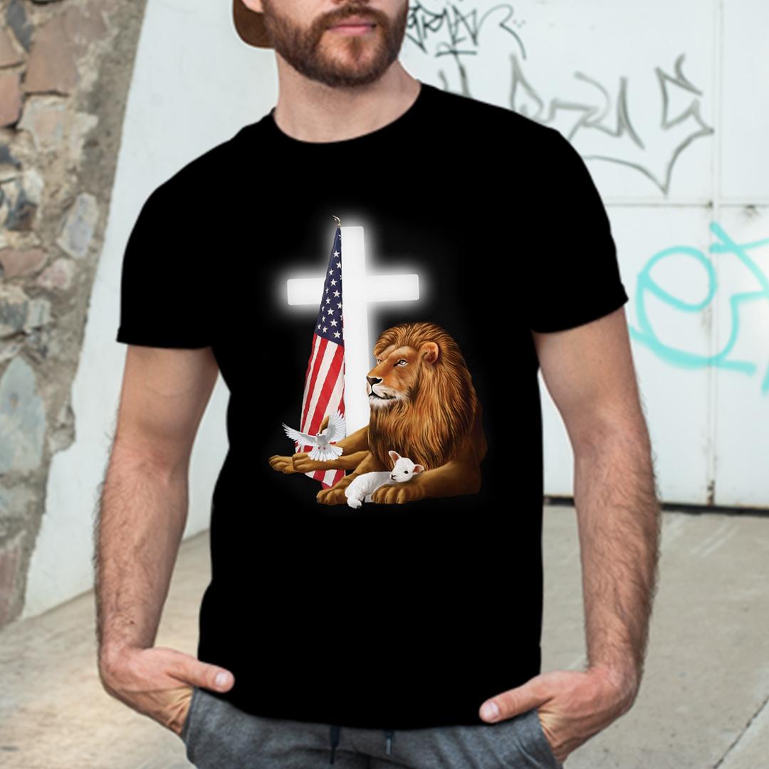 Lion And Lamb Cross T shirt