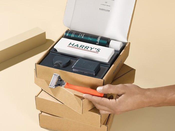 A luxurious shaving kit